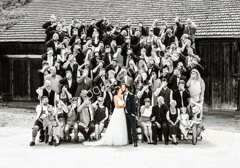 Hochzeitsgruppenbild, Gruppenbuidl, Gruppenbild Hochzeit, Gruppenfoto Hochzeit, Hochzeitslader, Dietramszell Oberland, Bad Tölz, Miesbach, Holzkirchen, Rosenheim, Bad Aibling, Bad Feilnbach, Rottach-Egern, Tegernsee, Gmund, Schliersee, Wall, Gruppenbild Oberland, Gruppenfoto Oberland, Fotografie Meisl Gruppenfotos, Hochzeitsgruppenbuidl,