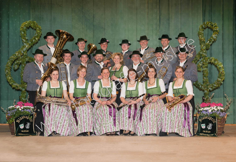 Gruppenbuidl, Gruppenfoto, Blaskapelle, Blasmusik, Blaskapelle Warngau, Gruppenbild, Vereinsbilder, Vereinsgruppenfoto